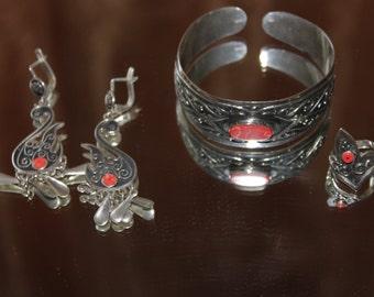 Ethnic silver jewelry set