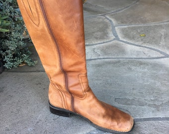 Vintage Square Toe Campus Boots // Western Distressed Boots // Tall Leather Boots