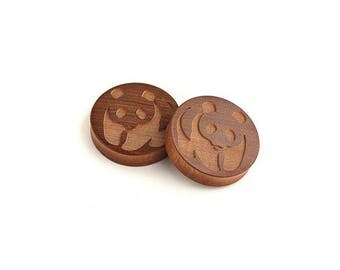 plugs - gauges - WWF - panda - ear gauges plugs - animal liberation - vegan - wood earrings - wooden piercing - engraved plugs - custom