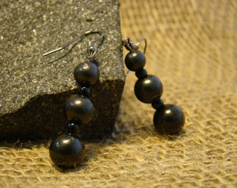 Shungite earrings from beads 10, 8, 6 mm. from Karelia.