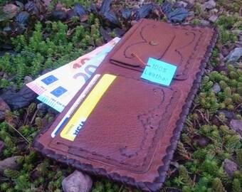 Handmade Leather wallet. Portafoglio in pelle fatto a mano
