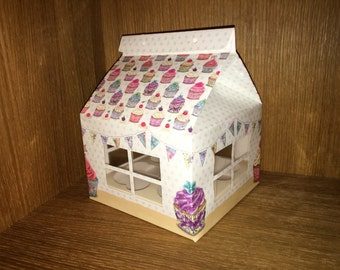 4 House Shaped Cupcake Muffin Holder Gift Boxes, Each Holds 4 Cakes/Muffins.