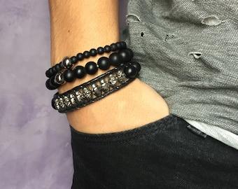 Mr. bracelet skulls