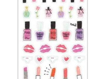 Fashionista Love lia Sticker