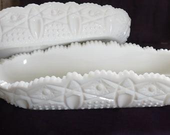 Set of 2 milk glass serving trays, boats, baskets