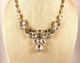 ITEM #69 Rhinestones necklace