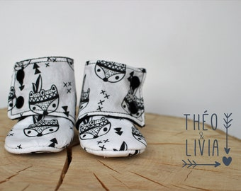 0-6 months - boots babies - baby - arrows - Fox - Tribal slippers - black and white