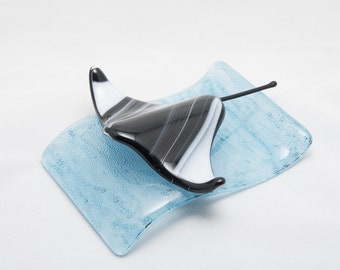 Swirly fused glass eagle ray (various colours) sculpture riding a wave
