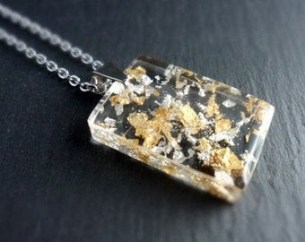 Chain, resin pendant, necklace, hand-poured, gold, silver, gold foil, silver foil