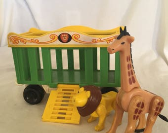 1973 Fisher Price Little People Circus Car and animals!