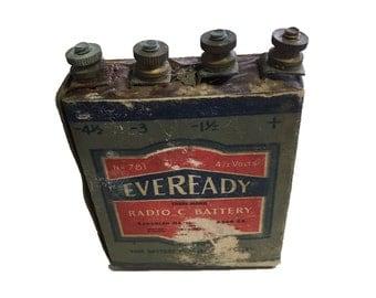 Scarce 1938 EverReady radio c collectible battery