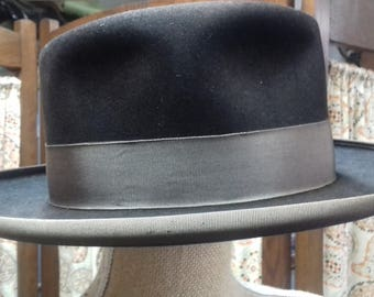 Vintage 1930s Mens Hat Brown from London size 6 3/4
