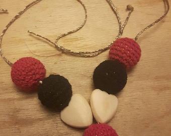 Portage or nursing necklace