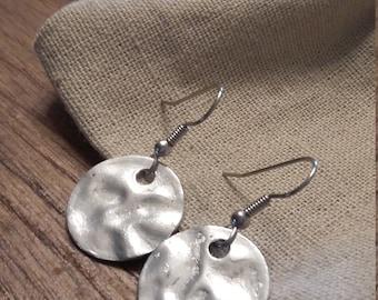 Hammered Metal Earrings/Silver Metal Round Charm Earrings