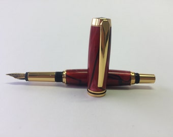 Fountain pen made of acrylic in 3D optics