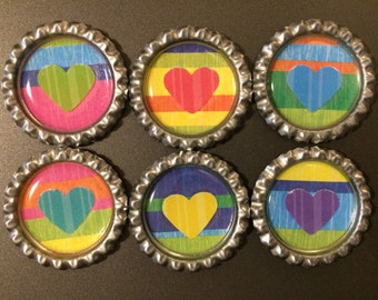 Heart stripes circle magnets