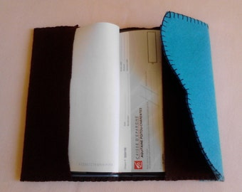 Complete set of creative sewing in wool felt. Protects checkbook 19.5 x 11 cm, 3 colors available to make yourself