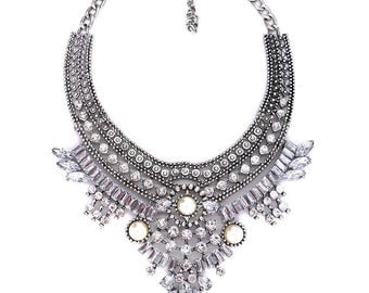 Melissa - Silver and pearl statement neckace