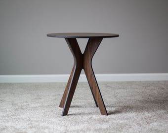 End Table, Accent Table, Walnut Table, Side Table, Interior Table, Console Table, Small Table, 360Five End Table