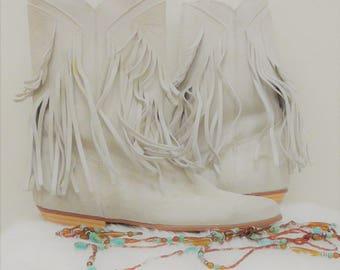 Vintage size 7 fringe leather boot