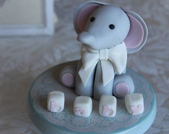 Fondant Elephant 7.5cm high with Name Blocks, 3D Edible Cake topper Decoration