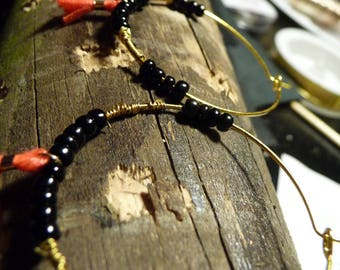 hoop earrings SOLANGE black pearl copper and  red pompom