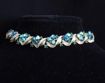 Necklace and bracelet vintage signed Lisner