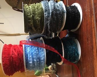 Lace / elastic ruffle