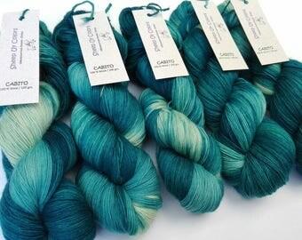 Hand Dyed - Cabito yarn of Sheep Uy Colors - 100 % Wool - Uruguayan Wool - Color Juguito #1007