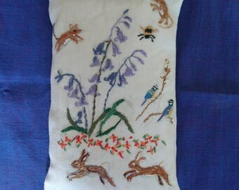 Handmade Embroidered Lavender Sachet/Pouch/Bag- SPRING