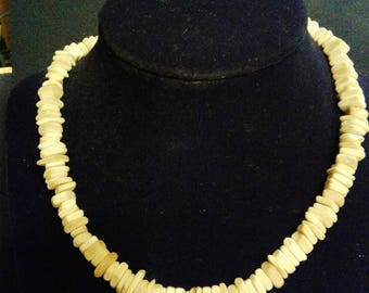 Square and Round Shaped Wood Pices Necklace.