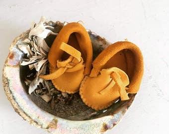 Traditional Deer Skin Baby Moccasins