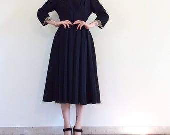 Black dress with lace handmade Gothic and romantic century 1910/1920 together, unique, rare.