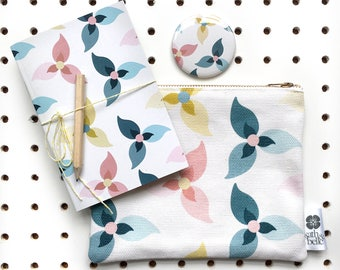 I R I S GIFT SET. Zipped Pouch/Notebook/Pocket Mirror