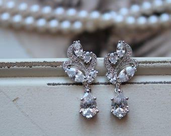 Set of 3,4,5  Bridesmaid Earrings ,Art Deco Earrings , Bridal Earrings, Vintage Style Crystal Drop Earrings, Wedding Earrings, Necklace Set