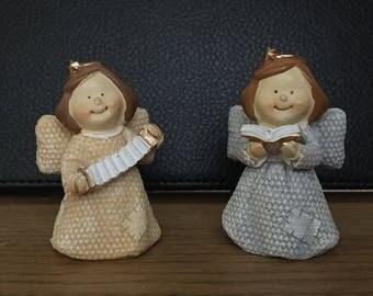Set of 2 angel figurines
