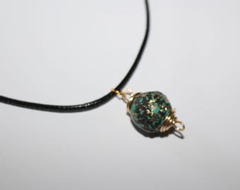 Unusual unique mottled green bead necklace