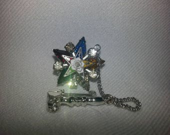 Vintage Easter Star Pin with Gavel