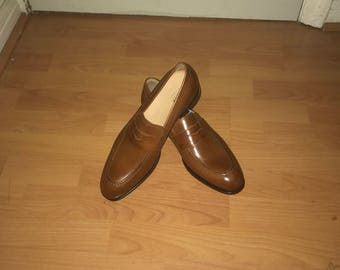 Classic tan loafers size 10 GEOX