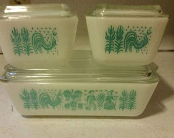 Pyrex Amish Butterprint Refrigerator Dishes - Set of 3 with lids