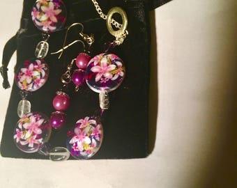 Flowers, bells, quartz dreams