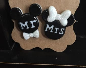 Mickey and Minnie Wedding Earrings Mr.and Mrs.