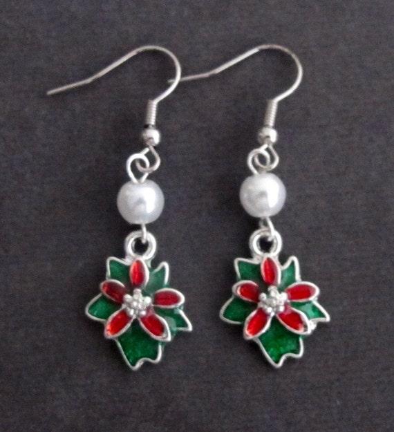 Christmas earrings, Christmas flower earrings, red and green dangle earrings,Holiday Earrings, Xmas Earrings, Christmas Gift Earrings
