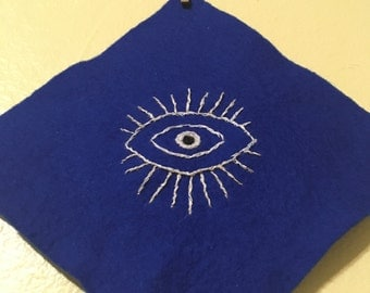 Evil Eye Ward | Small Judaica Wall Hanging | Embroidery | Amulet