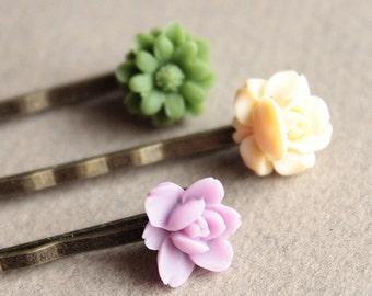 Antiqued Brass Bobby Pins - Flowers - Light Purple, Ivory, Grass Green - Set of Three