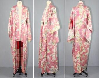 floral / dressing gown / silk kimono / BELLA LUCA vintage kimono