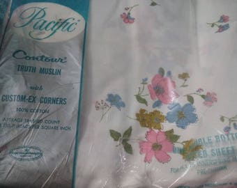 Vintage NEW in package FULL fitted bedsheet sheet