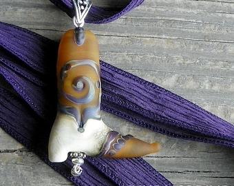 Handmade Art Glass Cowboy Boot Bead Pendant Necklace . Lampwork . Julie Nordine . Credit River Art Glass . BN4