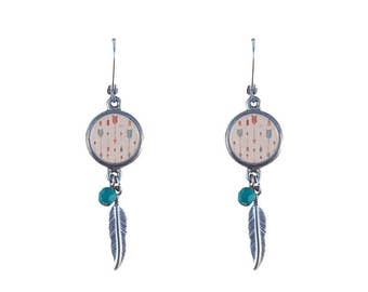 Arrow print and feather earrings
