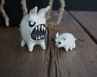 Inktober Battle set of porcelain monster Desk pets